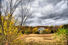 DSC_8415 Autumn Landscape Commercial Photography Sky Clouds Waxahachie Texas Rural Countryside Abandoned Home Grass Fall Color