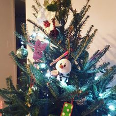 Disney's Frozen Olaf Itty Bitty from @Hallmark *I received this complimentary ornament from @Influenster in the #JingleVoxBox for the purpose of reviewing . #ittybittys