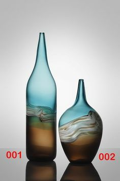 Sequoia - Individually hand blown high quality Glass Vassel in two sizes for modern home decoration by Nova Deko