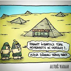 Piramit inşaatını Türk müteahhitine mi verdiniz?.. Altına dükkan yapmış herif.. #karikatür #mizah #matrak #komik #espri #şaka #gırgır #komiksözler