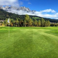 Just awesome #golf #lovetirol #mylife #herbst #golfbroadcaster #golfflow #golfcourse #GolfEurope #golfbroadcaster #fall #tirol #elmau