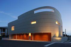 YAM / Ks ARCHITECTS