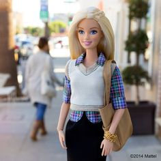 Spending the day in Venice, looking forward to gallery hopping at #FirstFridays tonight! Loving my layered look.  #barbie #barbiestyle