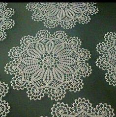 Image gallery – Page 496451558921434337 – Artofit Crochet Art, Crochet Motif, Vintage Crochet, Crochet Doilies, Free Crochet, Crochet Patterns, Crochet Table Topper, Crochet Tablecloth, Bruges Lace