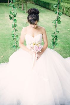 Bohemian Ballet: A Blush & Gold Styled Shoot with A Beautiful Bride