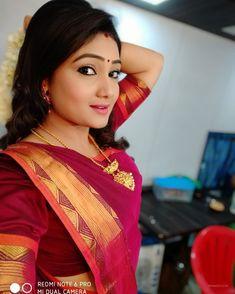 Hd Photos, Cover Photos, Actress Priyanka, Net Lehenga, Black Dots, Android, Sari, Actresses, Models