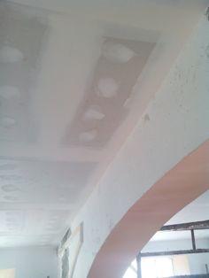 Revestimientos  Montaje de placas de falso techo de cartón yeso. (Encintado + pasta)