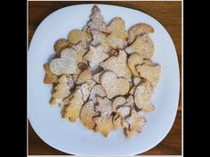 Biscuiti de casa traditionali | Farfuria vesela - YouTube Choux Pastry, Gingerbread Cookies, Pancakes, Cereal, Food And Drink, Breakfast, Desserts, Recipes, Youtube