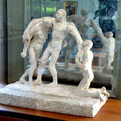 L'âge mûr (1ère version), vers 1893 par Camille CLAUDEL (1864-1943). Groupe en plâtre de la première version.  Musée Rodin, Paris. Photo : Hervé Leyrit