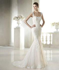 Resultado de imagem para vestido de noiva decote quadrado