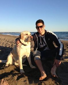 3c406556b0a 31 Best Famous football players with dogs images