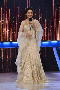 Madhuri Dixit: looking gorgeous... But I don't like the fringes at the bottom!