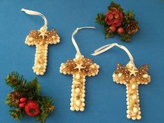 Seashell Christmas Ornaments  Great Presents for by CraftyShells, $12.00