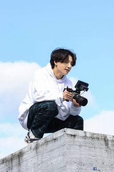#BTS #방탄소년단 'Life Goes On' Official MV Photo Sketch #JUNGKOOK