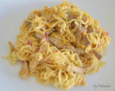 Petiscana: Noodles de porco e vaca com molho de manteia de amendoim