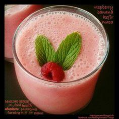 Raspberry, banana, milk kefir and maca