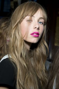 shocking pink - i want this tousled, effortless-looking texture for my stick straight hair!