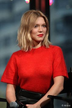 Lea Seydoux attends AOL BUILD Series Presents 'Spectre' at AOL Studios In New York on November 5 2015 in New York City compensation mesothelioma mesothelioma attorney houston mesothelioma attorney california … Inspo Cheveux, Medium Hair Styles, Short Hair Styles, Lea Seydoux, Looks Street Style, Rachel Mcadams, Dream Hair, Hair Today, Balayage Hair