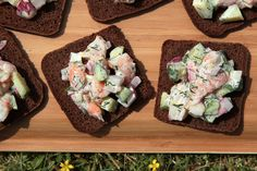 Open-Faced Shrimp Salad Sandwich - Make-Ahead Brunch Recipes Seafood Salad, Shrimp Salad, Salad Sandwich, Sandwich Recipes, Sandwich Fillings, Shrimp Recipes Easy, Seafood Recipes, Make Ahead Brunch Recipes, New Years Appetizers