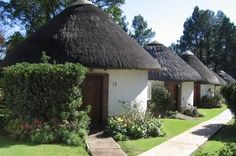 Drakensberg: Two or Three-Night Weekend or Weekday Stay for Two, Including Breakfast at The Nest Hotel