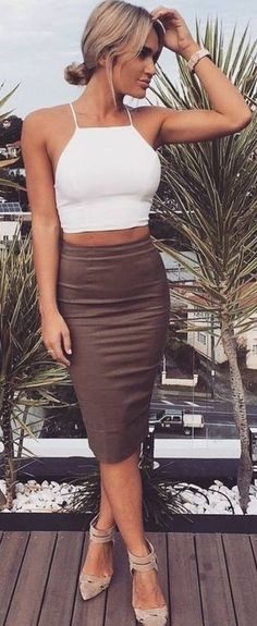 #muraboutique #label #outfitideas |  White Crop + Brown Pencil Skirt