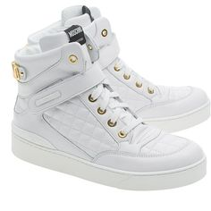 MOSCHINO High Top Quilt White // Leather sneakers with logo (£395) ❤ liked on Polyvore featuring shoes, sneakers, sapatos, white, white leather high tops, white high top shoes, white velcro sneakers, high top shoes and white hi top sneakers