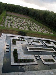 Balfour castle maze and water garden