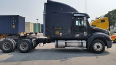 2005 Freightliner Columbia - Plainfield, IL #3301654574 Oncedriven