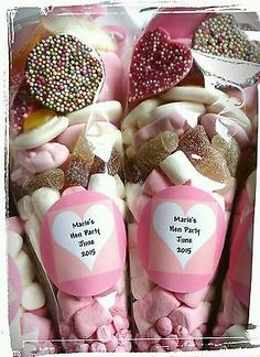 Pre filled large wedding favour hen party sweet cones party bags PERSONALISED - Pre filled large wedding favour hen party sweet cones party bags PERSONALISED More Source by Hen Do Party Bags, Hen Party Food, Hen Party Favours, Hen Party Gifts, Party Gift Bags, Wedding Favour Sweets, Party Sweets, Wedding Favors Cheap, Snacks Für Party
