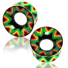 PAIR 22mm WOODEN HAND PAINTED TUNNELS RED GREEN YELLOW RASTA PLUGS GAUGES EAR