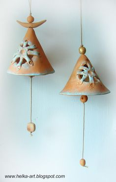 Ideas on How You Can Use Pottery for Your Dining Room Ceramics Projects, Clay Projects, Clay Crafts, Ceramic Pottery, Ceramic Art, Pottery Lessons, Christmas Clay, Pottery Studio, Cold Porcelain