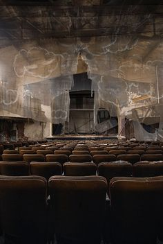 Skye Theater The Skye Theatre with a ghostly scrim that appears to hang over the audience space.The Skye Theatre with a ghostly scrim that appears to hang over the audience space. Design Set, Set Design Theatre, Stage Design, Theatre Stage, Stage Set, Scenic Design, Abandoned Places, Installation Art, Staging