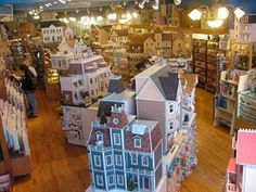 Little Dollhouse Company: Canadian source for Doll Houses, Kits and Furniture in our Dolls House Store