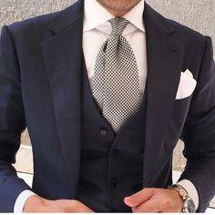 #class #classy #classyman #dapper #dapperman #stylish #goodlook #suit #blue #blazer #beardgang #tie #watch #colour #menwithstyle #menwithclass #gentleman #details #menswear #fashion #fashionista #gq #sprezzatura #suave #love #mensfashiontips