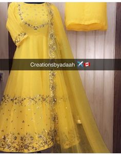 - Source by - Embroidery Suits Punjabi, Hand Embroidery Dress, Kurti Embroidery Design, Punjabi Suits Designer Boutique, Indian Designer Suits, Boutique Suits, Indian Suits, Bridal Suits Punjabi, Punjabi Wedding