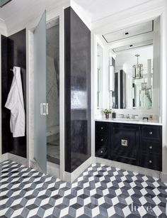Would like the vanity in navy blue