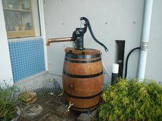 雨水利用・人力井戸ポンプ、「身近な水を賢く集め使う」雨水利用:中山.椎名誠さんからは、中山偽ダウザーと呼ばれる。【地下水、雨水、身近な水源を賢く集め使う。レインワールド】
