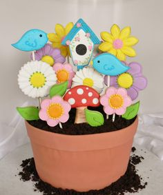 Flower Pot Cake with Cookie Flowers