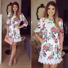 Flores by @missmaryriopreto para inspirar nosso dia!  O verão da marca está lindoooo  • #verao16 #flowers #blogtrendalert