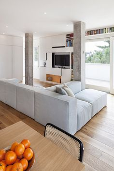 i like the wood flooring Modern And Inspiring Interior Displaying Concrete  Pillars by Studiomobile Haus, 7dd9006786