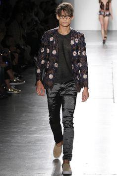 Custo Barcelona Spring 2016 Ready-to-Wear Collection Photos - Vogue