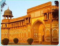 Agra Fort, Agra. Discover India, Hassle Free with www.ziptrips.in