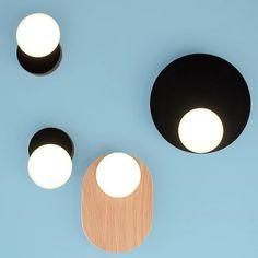 De nieuwe DOT collectie van Tunto bestaat uit ronde organische vormen in hout, creatief verbonden door middel van buizen. Een statement aan uw muur.  Tunto combineert humor en  vakmanschap met warm hout en technische hoogstandjes. De DOT collectie laat dat zeker zien! #Tunto #designinspiratie #interiordesigninspiratie #Unifit