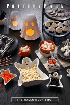 Halloween Porch Decorations, Halloween Dinner, Halloween Home Decor, Halloween Desserts, Halloween Food For Party, Halloween Birthday, Halloween Party Decor, Holidays Halloween, Halloween Kids