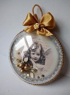 Christmas Card Crafts, Handmade Christmas Decorations, Merry Christmas To All, Noel Christmas, Christmas Toys, Christmas Baubles, Holiday Crafts, Vintage Christmas, Christmas Inspiration