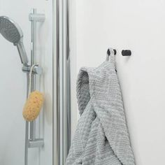 Tiger Bold Hook Black (set of Bold 2, Bathroom Hooks, Simple, Products, Gadget