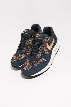new concept bc079 68d43 Nike Air Max 1 QS LIBERTY