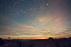 determinate: vertical/personal/everything ♥ for typography Sky Go, Night Time Photography, Wild And Free, Cover Photos, Northern Lights, Beautiful Places, Scenery, Clouds, Sunset