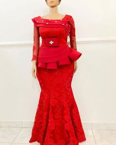 Nigerian Lace Styles Dress, Nigerian Wedding Dresses Traditional, Lace Dress Styles, African Traditional Dresses, African Wear Dresses, Latest African Fashion Dresses, Lace Styles For Wedding, Latest Lace Styles, Lace Skirt And Blouse