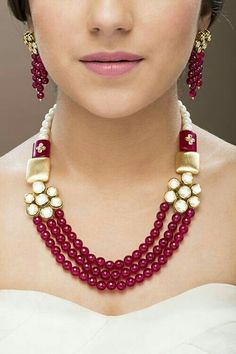 When you spent your allotted budget on your bridal jewelry, it didn't mean that you had to put it away after the wedding. Wearing your bridal jewelry over. India Jewelry, Bead Jewellery, Pearl Jewelry, Wedding Jewelry, Antique Jewelry, Beaded Jewelry, Jewelry Necklaces, Beaded Necklace, Black Jewelry